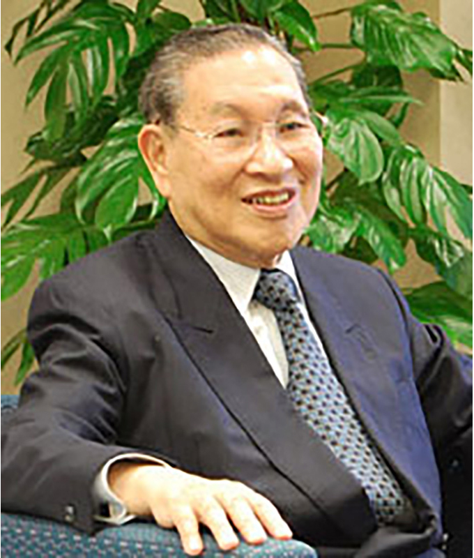 大賀 典雄 氏