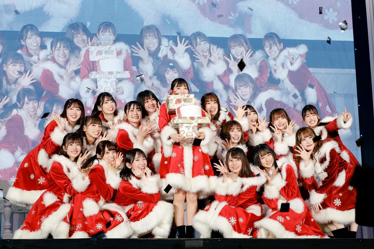 日向坂46 幕張クリスマスライブでサンタクロースに変身、4th