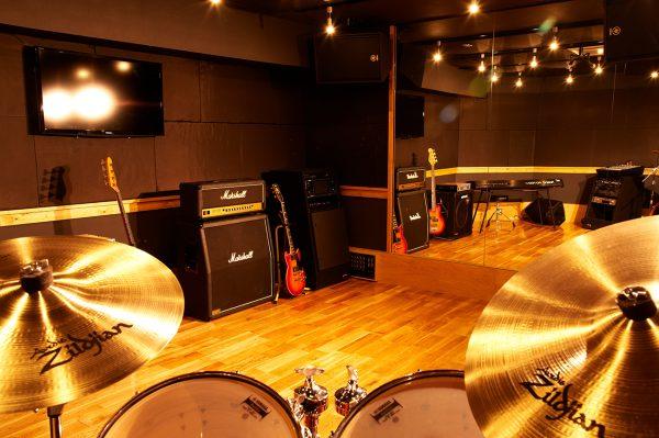 Hit-Studio クローズに伴いスタジオ機材を一斉に売却